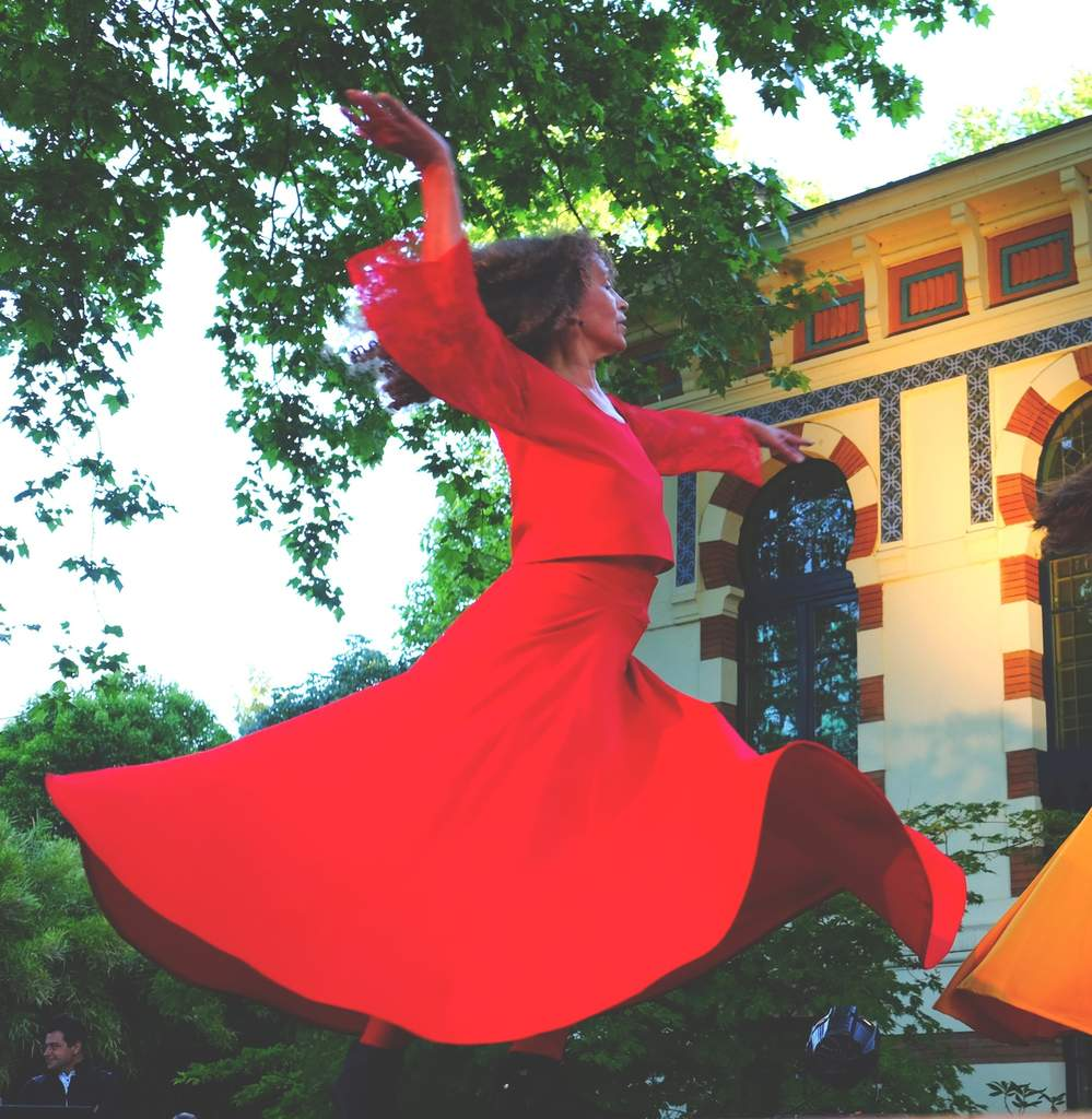 Katy Barcelo Atelier Danse Derviche