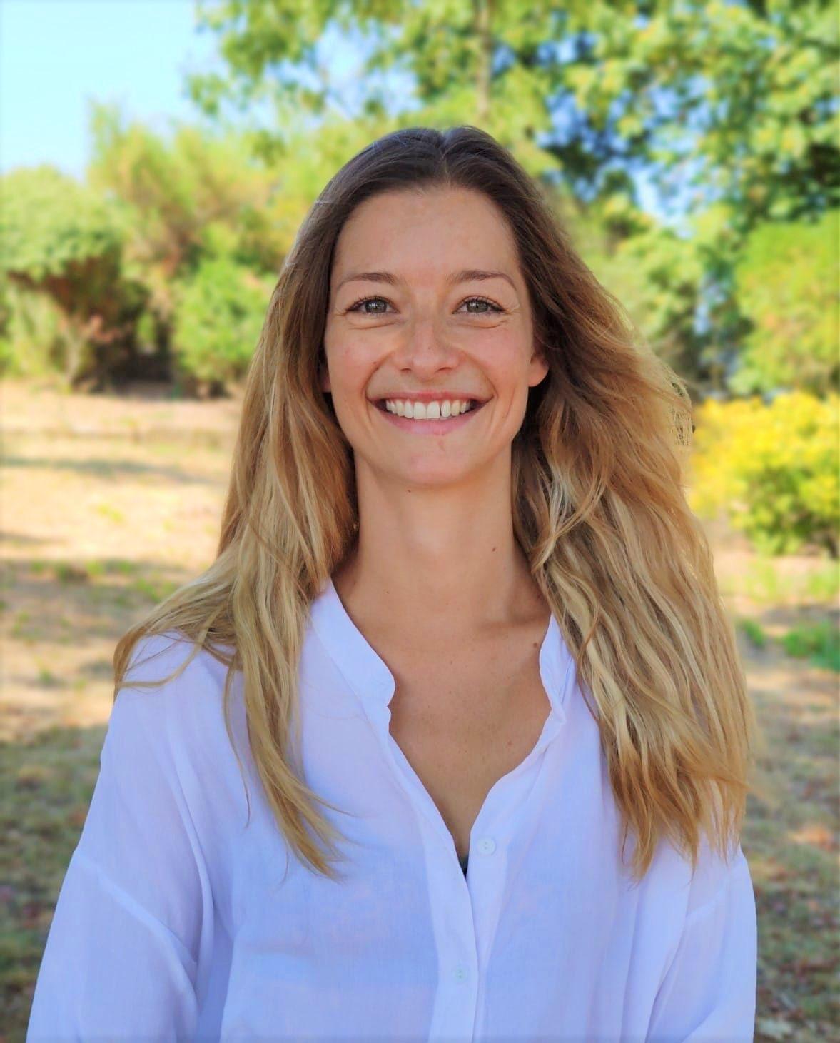 Flora Tauran professeur de Yoga et mouvements Libres à Balma